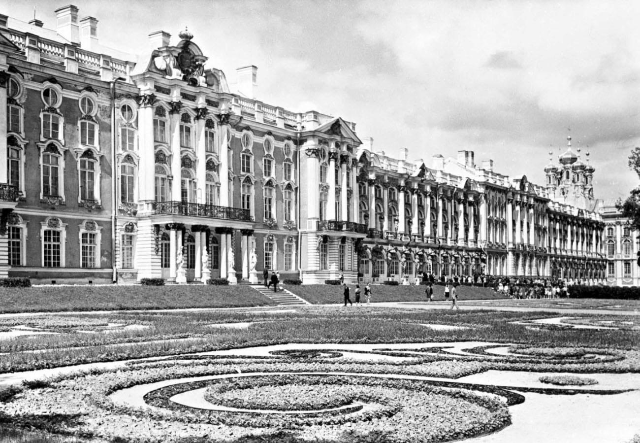 Царское село - музей-заповедник в г пушкине, включающий в себя дворцово-парковый ансамбль xviii 2014xix веков